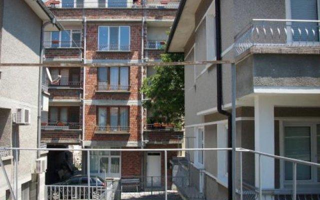 Отель Georgievi Guest House Болгария, Поморие - отзывы, цены и фото номеров - забронировать отель Georgievi Guest House онлайн вид на фасад