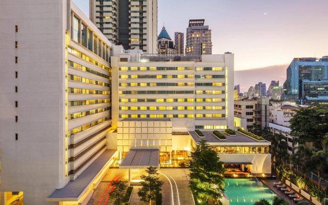 Отель Como Metropolitan Бангкок вид на фасад