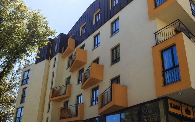 Hotel Cisar вид на фасад
