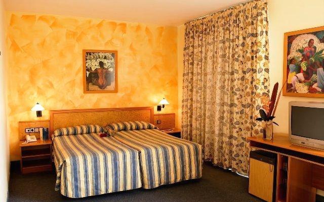 Отель Ramblas Hotel Испания, Барселона - 10 отзывов об отеле, цены и фото номеров - забронировать отель Ramblas Hotel онлайн комната для гостей