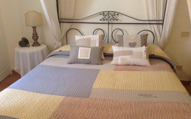 Отель B&B La Piazzetta Сполето комната для гостей