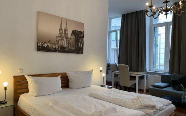 Отель Domapartment Cologne City Altstadt Кёльн комната для гостей