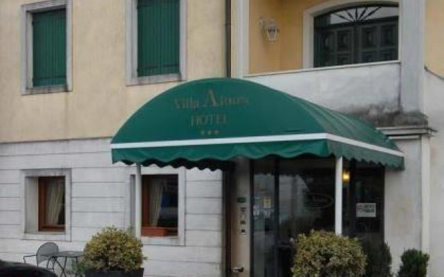 Hotel Villa Altura Оспедалетто-Эуганео вид на фасад