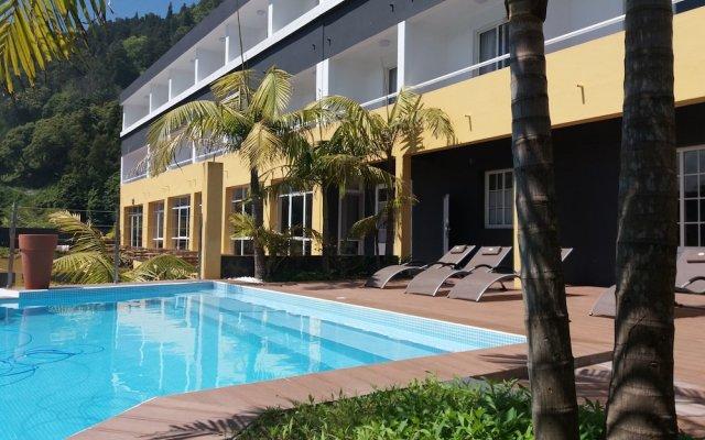 Отель Vista Do Vale Фурнаш вид на фасад