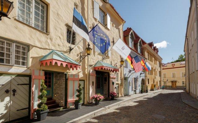 Отель Schlossle Эстония, Таллин - 3 отзыва об отеле, цены и фото номеров - забронировать отель Schlossle онлайн вид на фасад