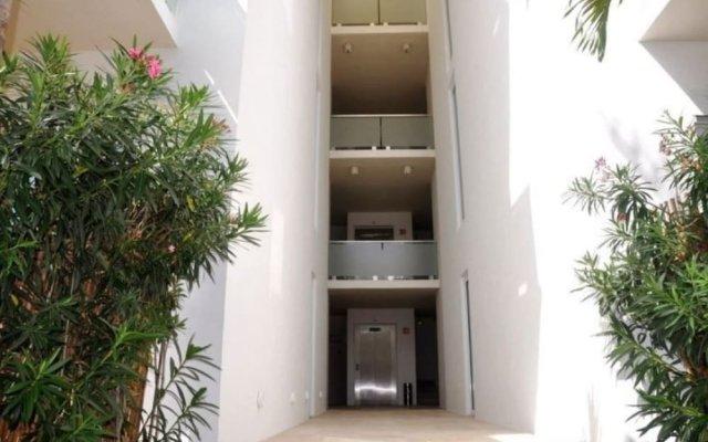 Отель La Papaya Plus 201 by Vimex Мексика, Плая-дель-Кармен - отзывы, цены и фото номеров - забронировать отель La Papaya Plus 201 by Vimex онлайн вид на фасад
