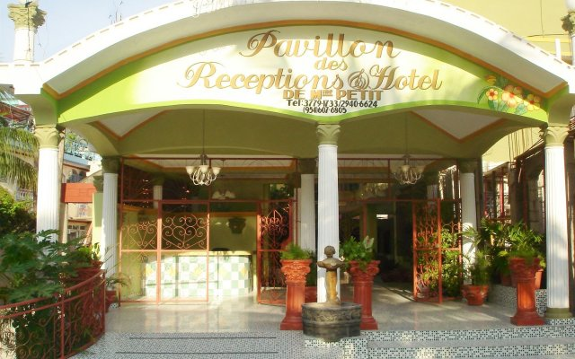Pavillon des Receptions & Hotel