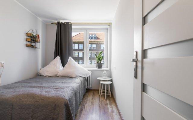 Отель Maya's Flats & Resorts- Podwale 32 Польша, Гданьск - отзывы, цены и фото номеров - забронировать отель Maya's Flats & Resorts- Podwale 32 онлайн комната для гостей