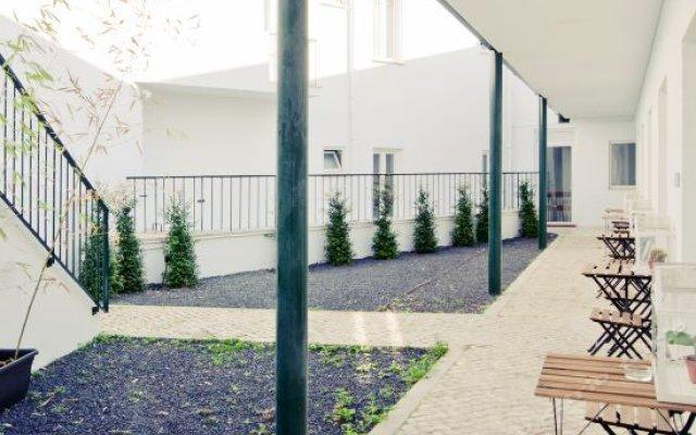 Отель Gloria Design Suites вид на фасад