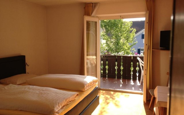 Hotel Pension Schweitzer Силандро комната для гостей