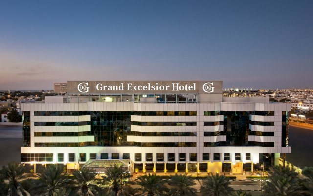 Grand Excelsior Hotel Deira вид на фасад