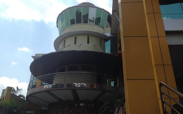 Отель Princess Madison Hotel Филиппины, Пампанга - отзывы, цены и фото номеров - забронировать отель Princess Madison Hotel онлайн вид на фасад
