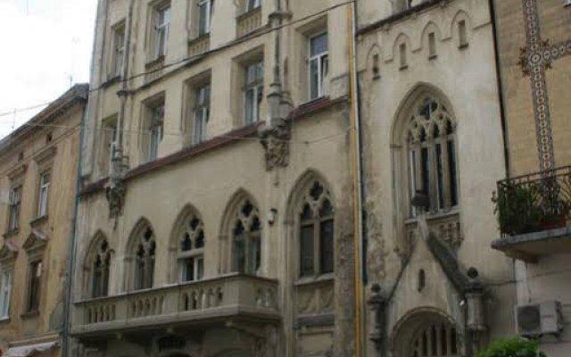 Гостиница Shelter хостел Украина, Львов - 1 отзыв об отеле, цены и фото номеров - забронировать гостиницу Shelter хостел онлайн вид на фасад