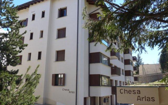 Отель Chesa Arlas B3 Швейцария, Санкт-Мориц - отзывы, цены и фото номеров - забронировать отель Chesa Arlas B3 онлайн вид на фасад