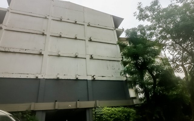 Отель Nida Rooms Rajchathewi 588 Royal Grand Бангкок вид на фасад