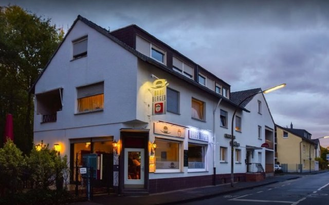 Mad´s Hotel & Burger