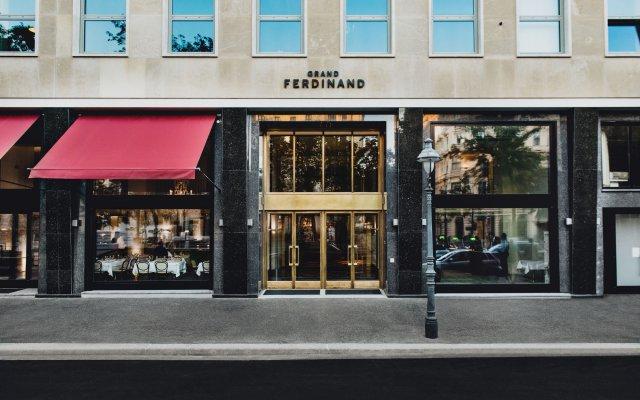 Отель Grand Ferdinand Вена вид на фасад