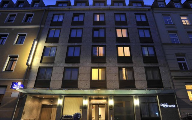 Отель Concorde München Германия, Мюнхен - 1 отзыв об отеле, цены и фото номеров - забронировать отель Concorde München онлайн вид на фасад
