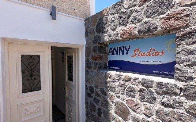 Отель Anny Studios Perissa Beach вид на фасад
