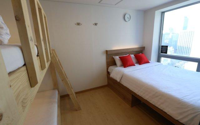 Step Inn Myeongdong 2 - Hostel Сеул комната для гостей