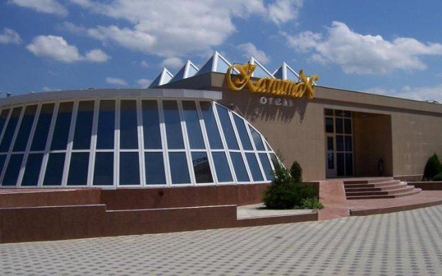 Гостиница Капитан в Анапе 2 отзыва об отеле, цены и фото номеров - забронировать гостиницу Капитан онлайн Анапа вид на фасад