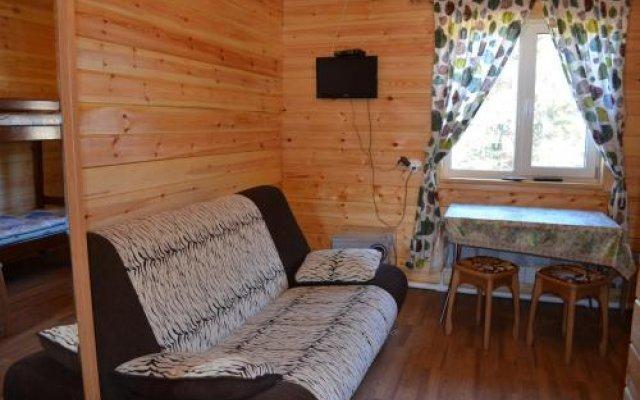 Гостиница Guest House Goryachinsk в Горячинске отзывы, цены и фото номеров - забронировать гостиницу Guest House Goryachinsk онлайн Горячинск комната для гостей
