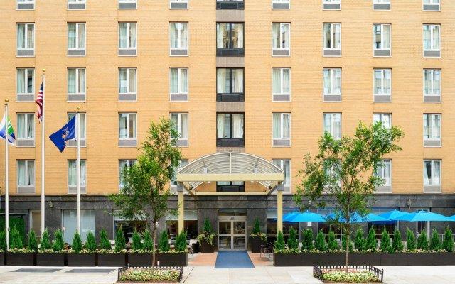 Отель Holiday Inn Express - New York City Chelsea вид на фасад