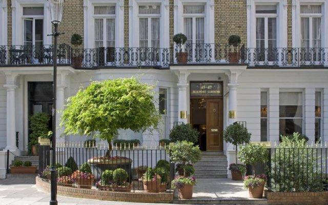 Отель Beaufort House - Knightsbridge Великобритания, Лондон - отзывы, цены и фото номеров - забронировать отель Beaufort House - Knightsbridge онлайн вид на фасад