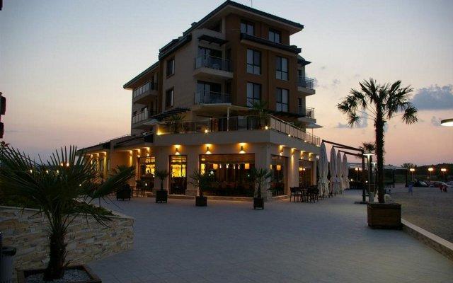 Отель Obzor Beach Resort Аврен вид на фасад