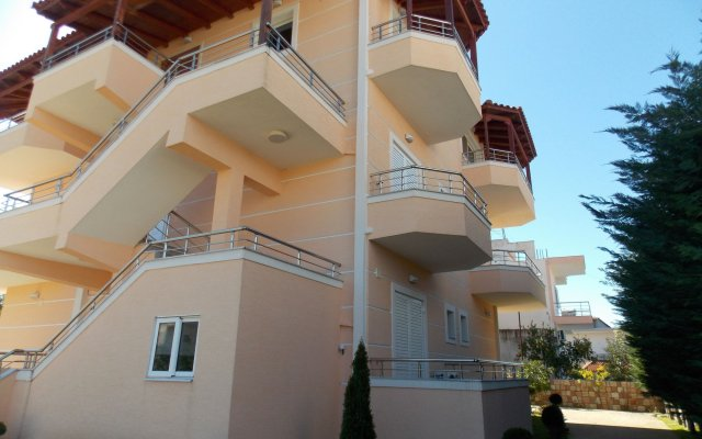 Отель Vila Mihasi Албания, Ксамил - отзывы, цены и фото номеров - забронировать отель Vila Mihasi онлайн вид на фасад