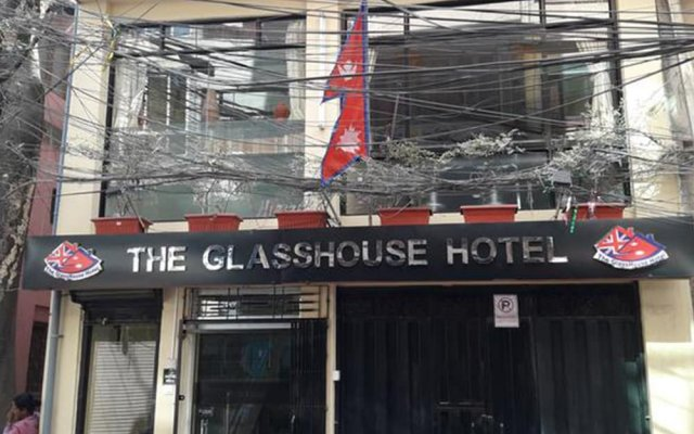 Отель The Glasshouse Hotel & Hostel Непал, Катманду - отзывы, цены и фото номеров - забронировать отель The Glasshouse Hotel & Hostel онлайн вид на фасад