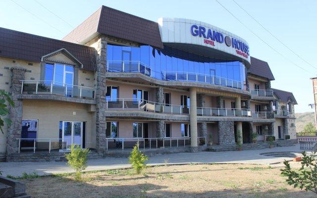 Отель Inn Grand House вид на фасад