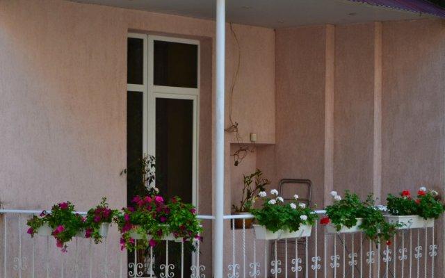 Lviv Euro hostel вид на фасад