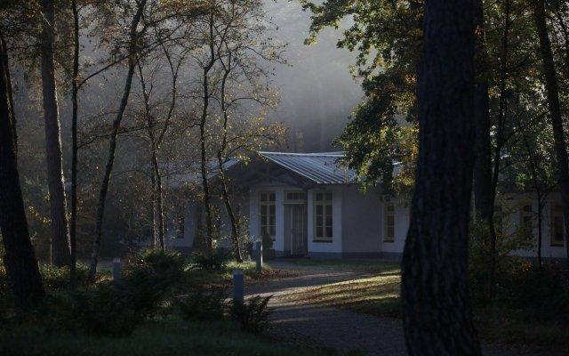 Отель Landgoed ISVW вид на фасад