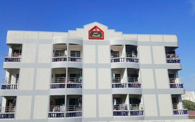 Отель PANMANEE Бангкок вид на фасад