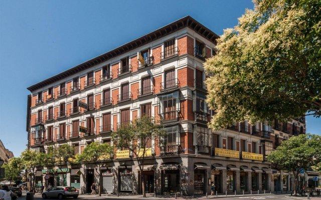 Отель Hostal Gallardo Испания, Мадрид - 1 отзыв об отеле, цены и фото номеров - забронировать отель Hostal Gallardo онлайн вид на фасад