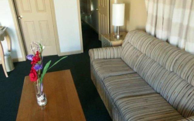 Отель Lindsay Inn комната для гостей