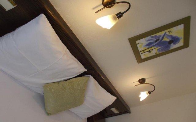 Hotel Asiyan комната для гостей