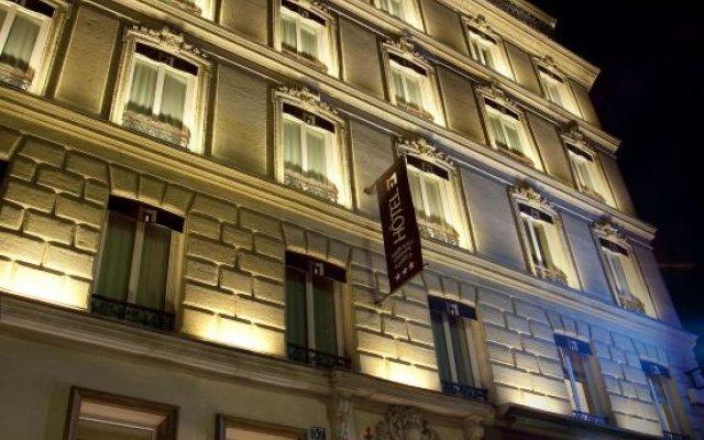 Hotel Marceau Champs Elysees вид на фасад