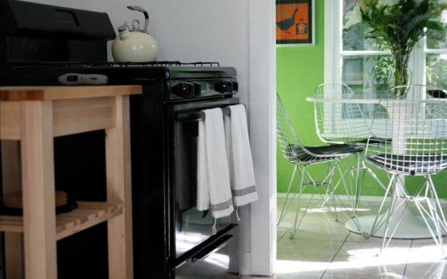 Отель Amoroso Retreat - 947 - 1 Br Home США, Лос-Анджелес - отзывы, цены и фото номеров - забронировать отель Amoroso Retreat - 947 - 1 Br Home онлайн вид на фасад