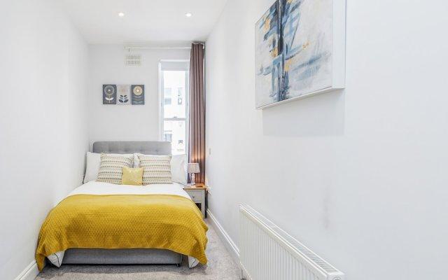 Отель 2-bedroom Portobello/Notting Hill apartment Великобритания, Лондон - отзывы, цены и фото номеров - забронировать отель 2-bedroom Portobello/Notting Hill apartment онлайн комната для гостей