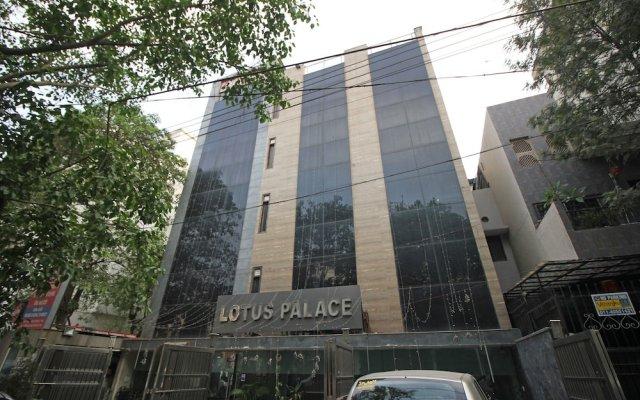 OYO 464 Hotel Lotus Palace вид на фасад