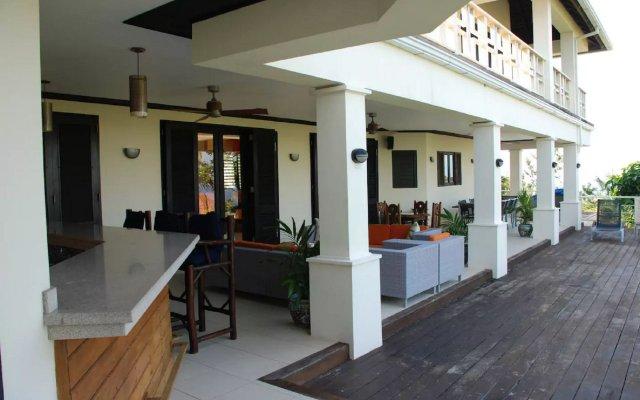 Отель Nianna Luxurious Villa вид на фасад