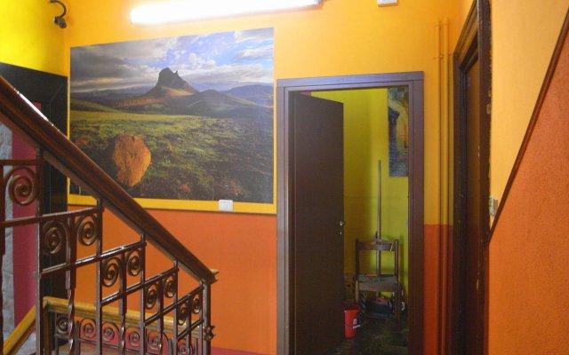 Ostello California - Hostel вид на фасад