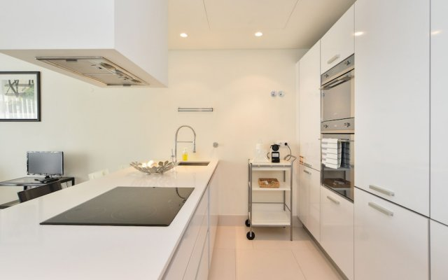 Отель Sunny & Bright Amoreiras Apartment Португалия, Лиссабон - отзывы, цены и фото номеров - забронировать отель Sunny & Bright Amoreiras Apartment онлайн