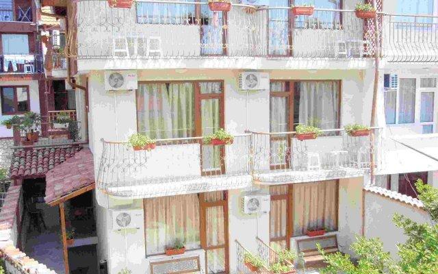 Кириос Отель вид на фасад