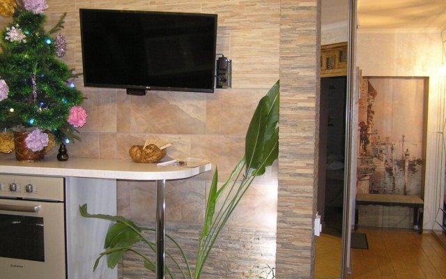 Гостиница on Radischeva 23 apt 20 в Курске отзывы, цены и фото номеров - забронировать гостиницу on Radischeva 23 apt 20 онлайн Курск вид на фасад