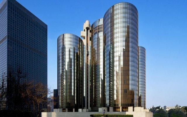 Отель The Westin Bonaventure Hotel & Suites США, Лос-Анджелес - отзывы, цены и фото номеров - забронировать отель The Westin Bonaventure Hotel & Suites онлайн вид на фасад