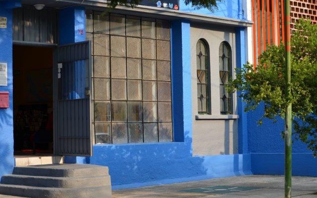 Отель Blue Pepper Hostel & Bar Мексика, Гвадалахара - отзывы, цены и фото номеров - забронировать отель Blue Pepper Hostel & Bar онлайн вид на фасад