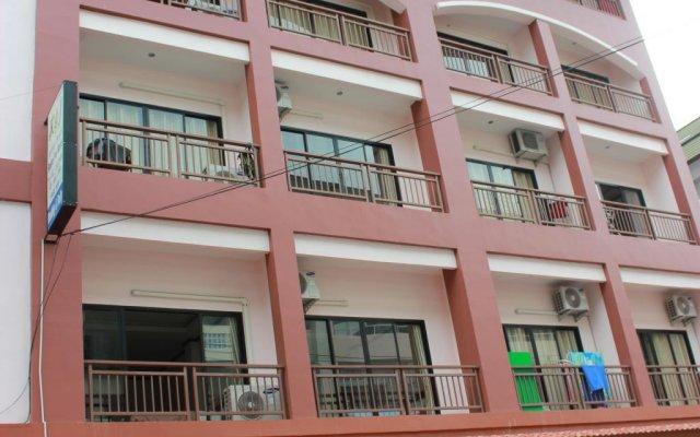 Апартаменты K&J Apartment Паттайя вид на фасад